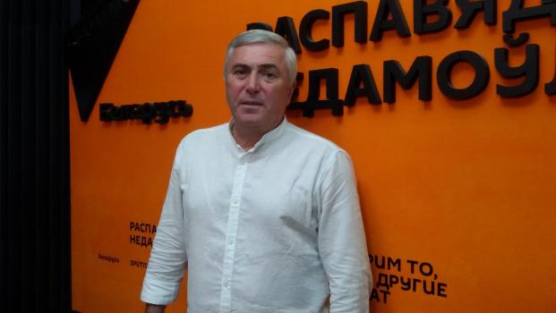"""""""Надо отвечать и на неудобные вопросы"""": Думбадзе о предвыборной обстановке"""